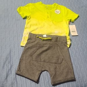Baby boy' 2 piece Short Set Size 3T